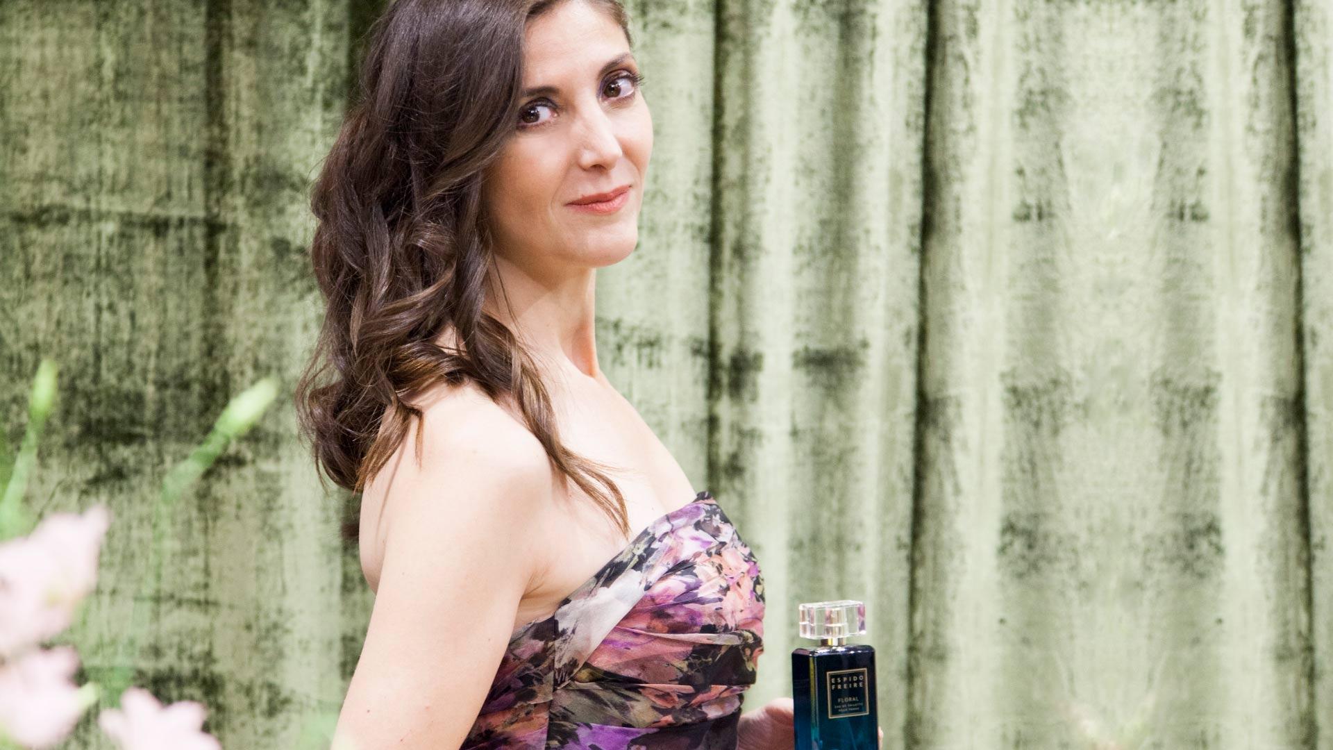Espido-Freire-Floral-Fragancia-Relato-Inédito-Escritora-Perfume-Magasalfa